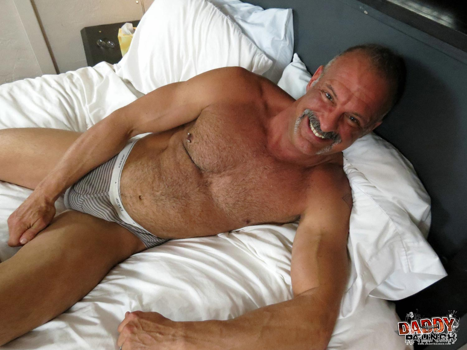 Pics of daddy jock gays having anal sex