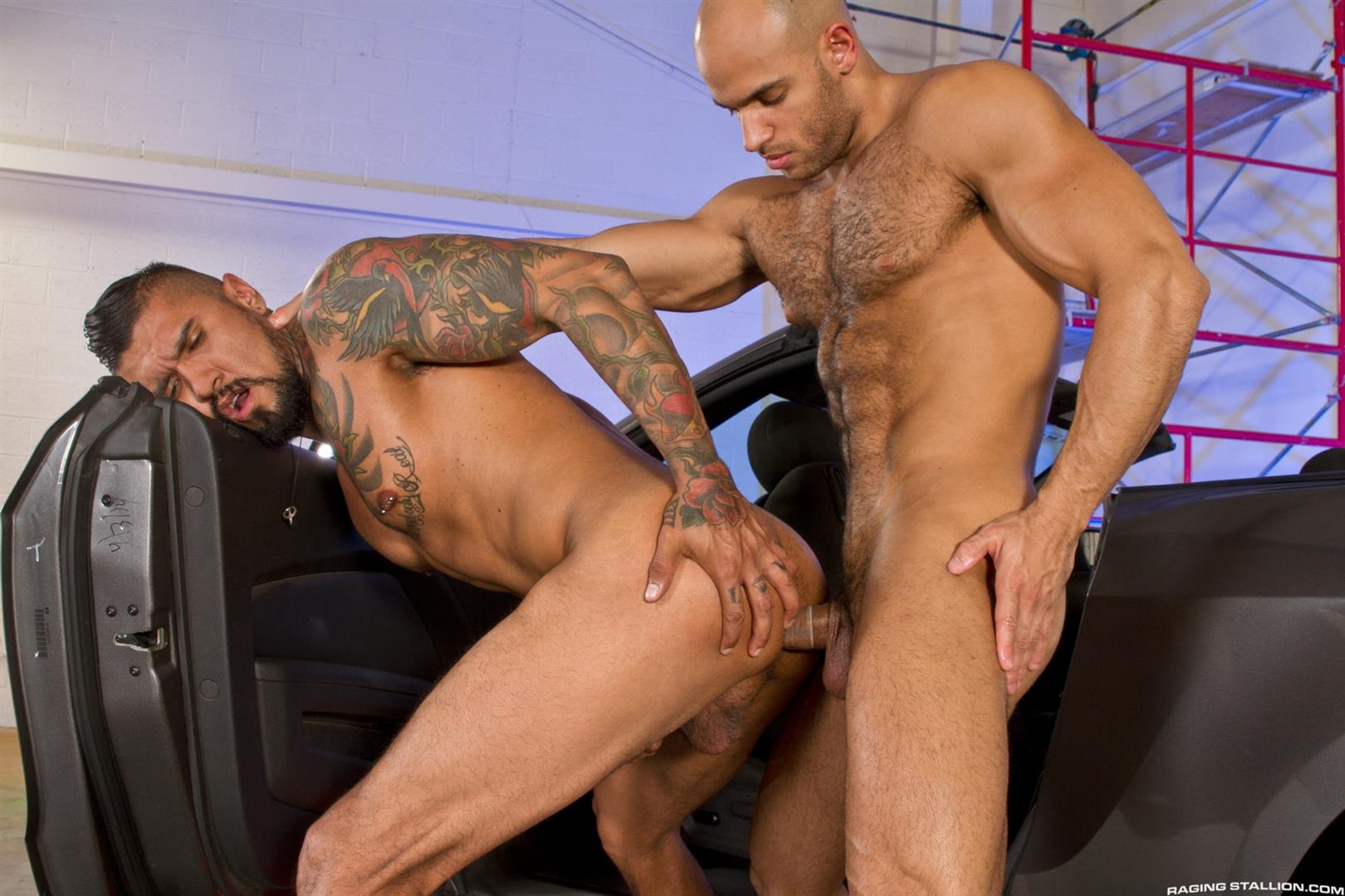Raging-Stallion-Sean-Zevran-and-Boomer-Banks-Bottoms-For-The-First-Time-Big-Uncut-Cock-Amateur-Gay-Porn-09 BREAKING NEWS: Boomer Banks Bottoms For The First Time With A Big Uncut Cock