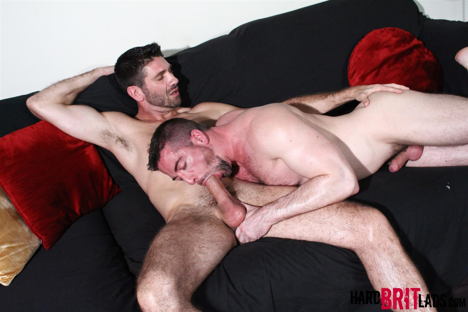 Hard-Brit-Lads-Craig-Daniel-Scott-Hunter-Hairy-Muscle-Hunks-With-Big-Uncut-Cocks-Fucking-Amateur-Gay-Porn-10 Hairy Muscle Hunks Fucking And Eating Cum From Big Uncut Cocks