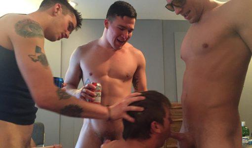 Fraternity-X-Naked-College-Frat-Boys-Bareback-Sex-Amateur-Gay-Porn-18